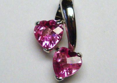 Pendentif or gris 2 tourmalines cœur