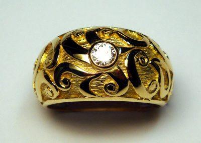 Bague jonc «arabesque» et diamant