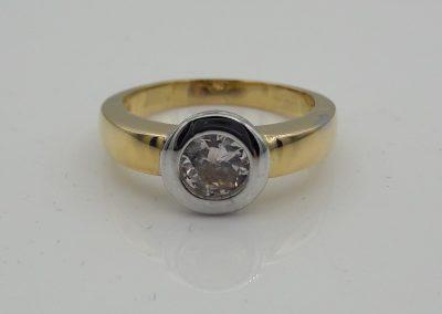 Solitaire bicolore diamant serti «pneu»