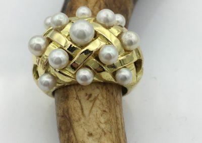 Bague or perles